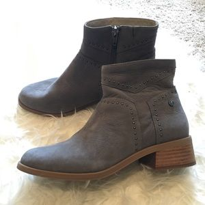 Hush puppies leather ankle boots